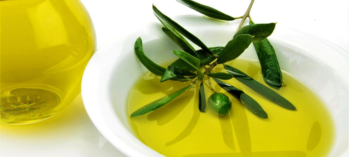 A SHORT CONVERSATION WITH GUIDO BANDINELLI ABOUT THE TUSCANY OLIVE OIL TASTING SCHOOL